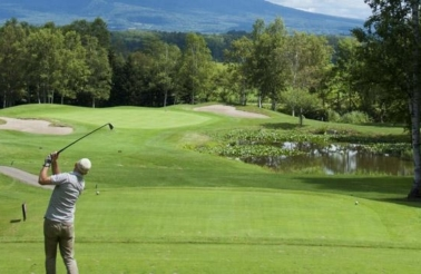 ki-niseko-golf-summer-activities
