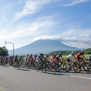 Mt Yotei as the backdrop to the Niseko Classic.