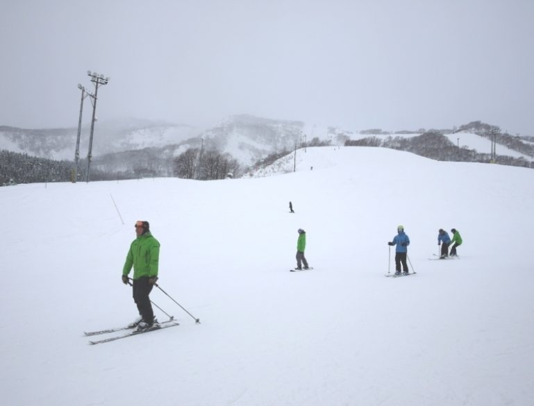 thursday-skiing