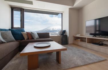 Ki Niseko 1 Bedroom Deluxe Living Room Low Res 2