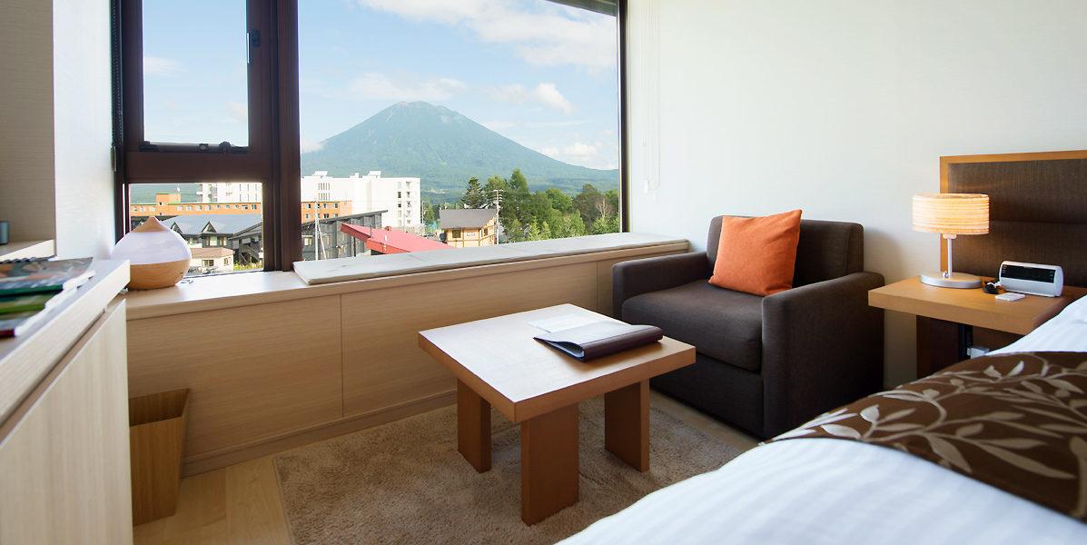 2018 Hotel Room Yotei Side Summer