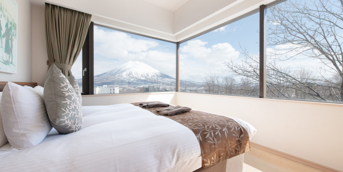 Ki Niseko 1 Bedroom Deluxe Bedroom Low Res 1