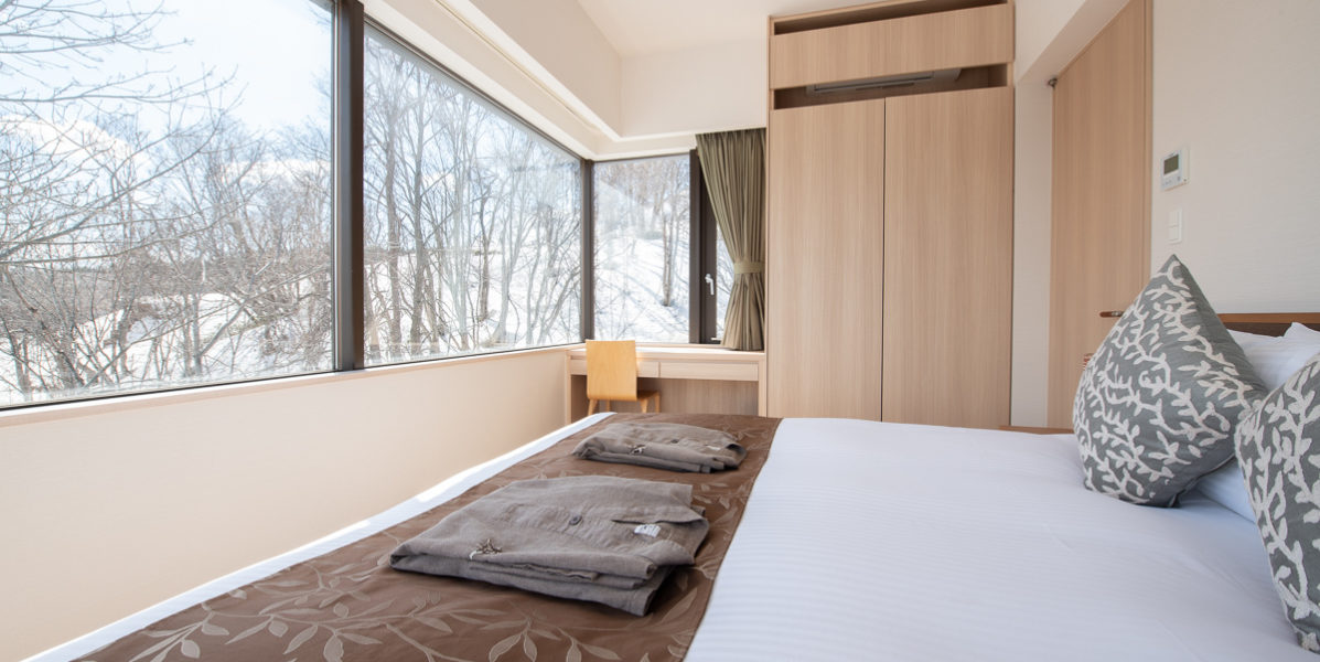 Ki Niseko 1 Bedroom Deluxe Bedroom Low Res 2
