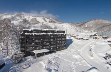 Ki Niseko: On the doorstep to world famous powder snow.